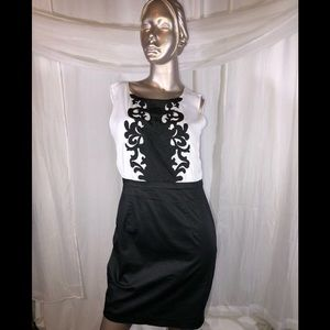 EUC H&M WOMENS dress 👗 BLACK WHITE SIZE 8
